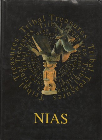 First  cover of 'NIAS.TRIBAL TREASURES. COSMIC REFLECTIONS IN STONE, WOOD AND GOLD.'